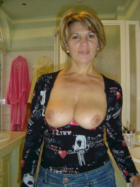 Une femme mature de Martigues pour vous